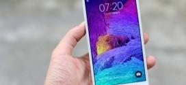 5 smartphone màn hình đẹp nhất nửa đầu 2015