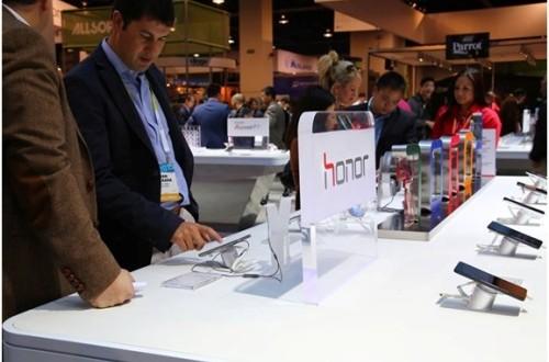 Smartphone Honor và chiến lược bán hàng trên thế giới phẳng