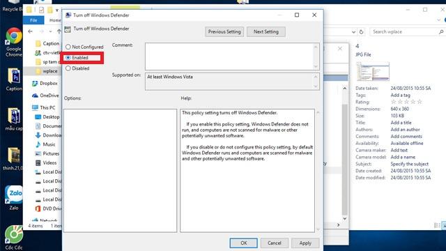 Tại hộp thoại Turn off Windows Defender mới hiện ra, các bạn chọn Enable