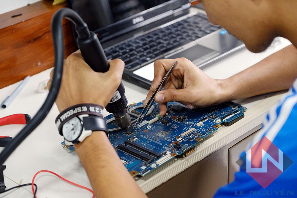 Trung Tâm Sửa Máy Tính Quận 3 – Sửa Laptop Tại Nhà