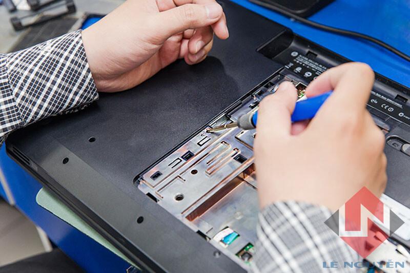 Sửa Laptop tại quận 4 - Công Nghệ Quang Trung