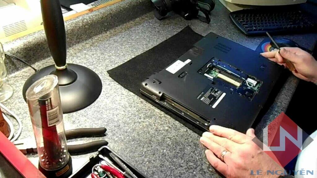 Dịch vụ cài đặt vệ sinh laptop - Sửa laptop tại nhà quận 9