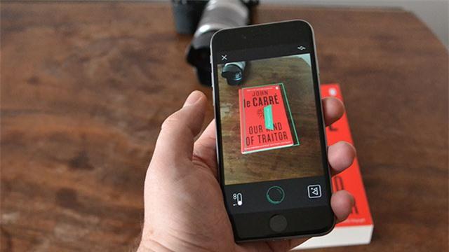 Một trong những tính năng độc đáo của iPhone đó là nó có thể làm thay nhiệm vụ của chiếc remote