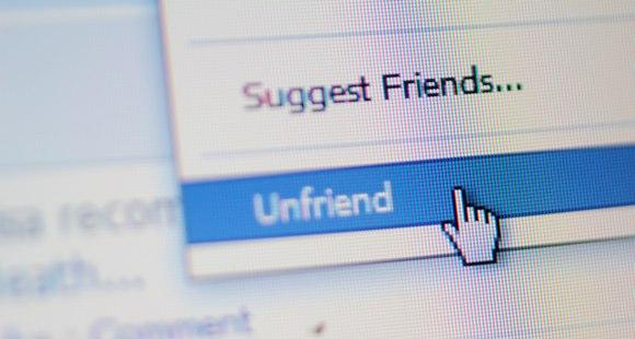 Cách phát hiện ai đã Unfriend bạn trên Facebook - 1
