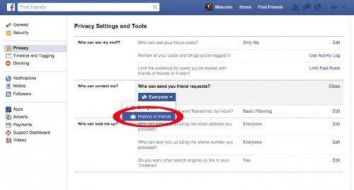 Chuyển tùy chọn trong mục Who can send you friend requests từ Everyone thành Friends of friends. Với cách này, bạn sẽ giảm đáng kế lượng lời mời kết bạn không mong muốn từ các tài khoản bị quản lý bởi hacker.